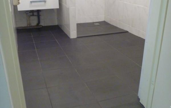Badkamer vloer renovatie