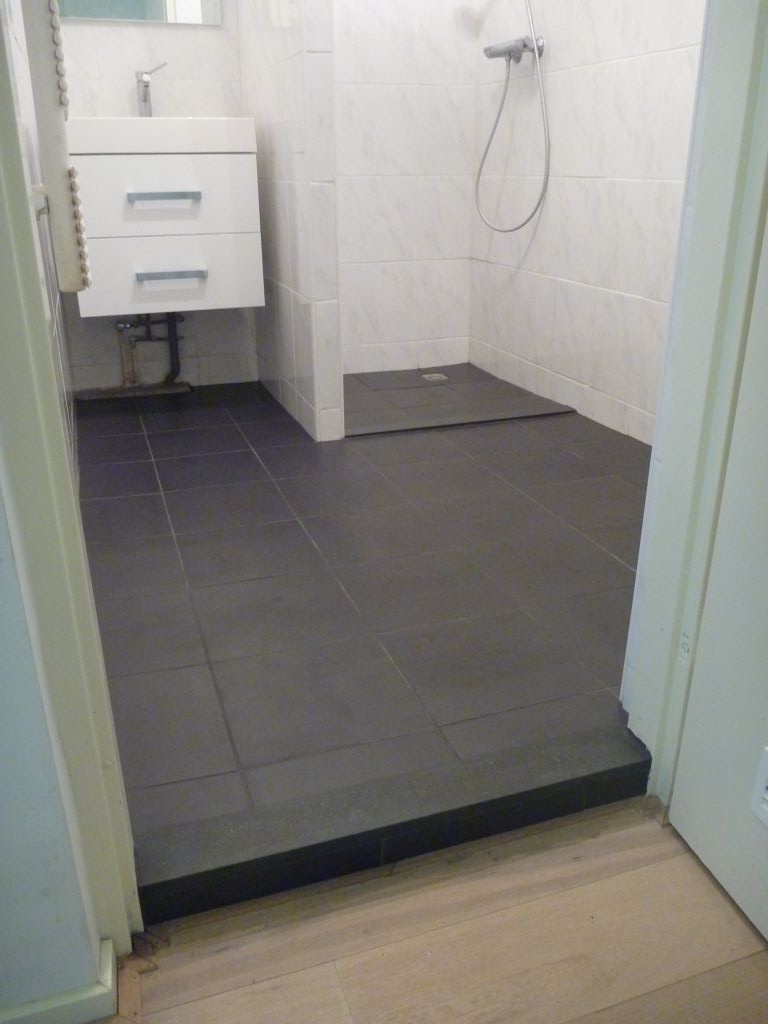 20170317 180827 renovatie badkamer vloer - Badkamer vloer ...